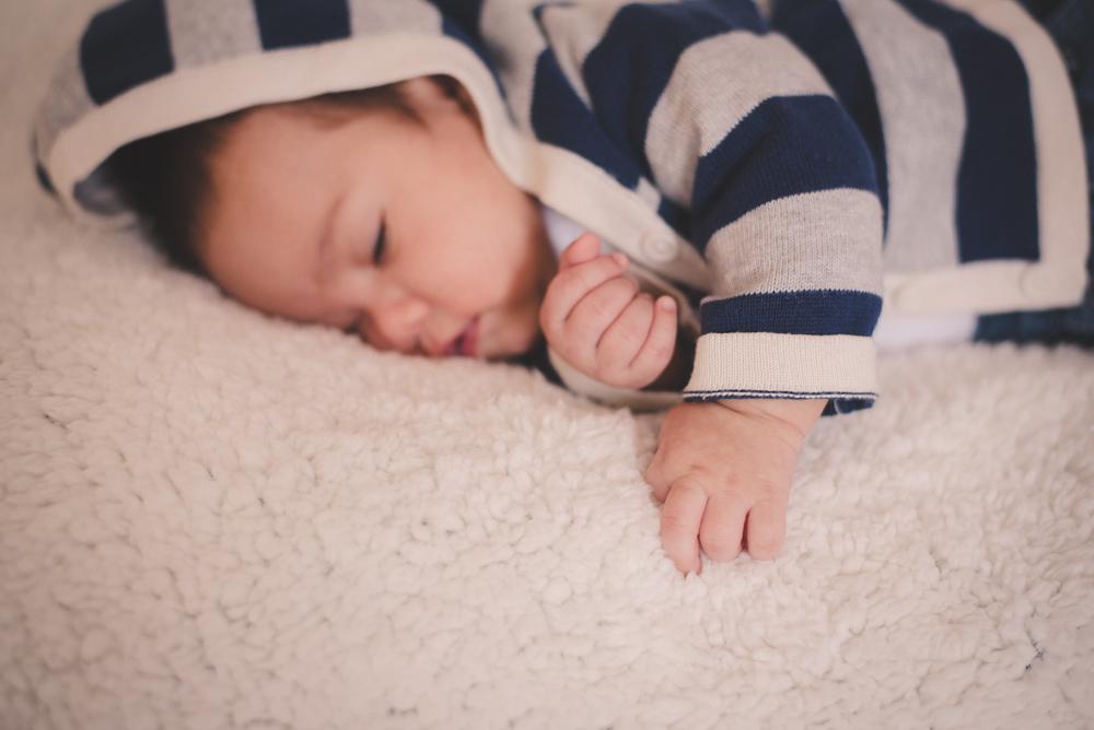 Sesión newborn fotógrafo de bebés en Bariloche