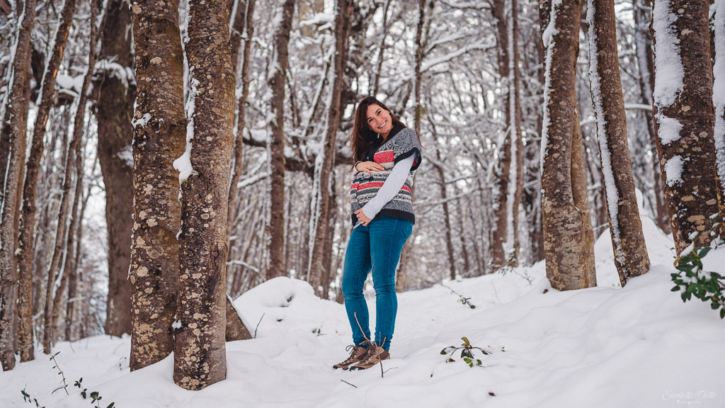 pregnant photo session bariloche snow