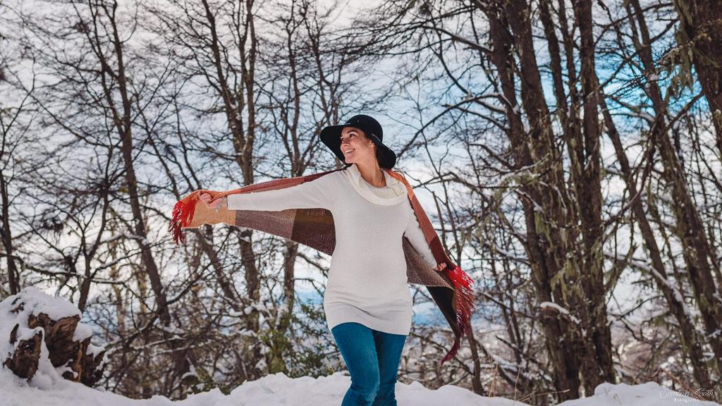 sesión de fotos embarazada en bariloche con nieve