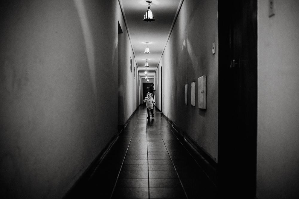 sesion-de-fotos-familiar-bariloche-blanco-y-negro04