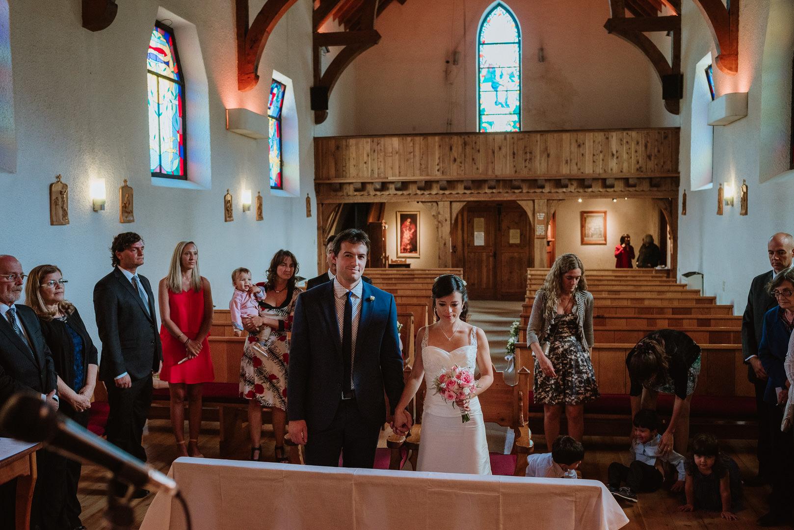 fotos boda en iglesia san eduardo Bariloche