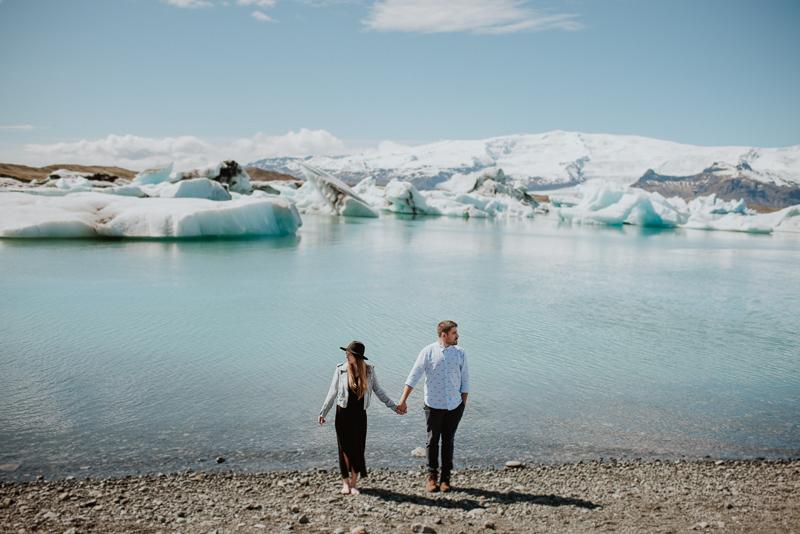 iceland engagement photo session
