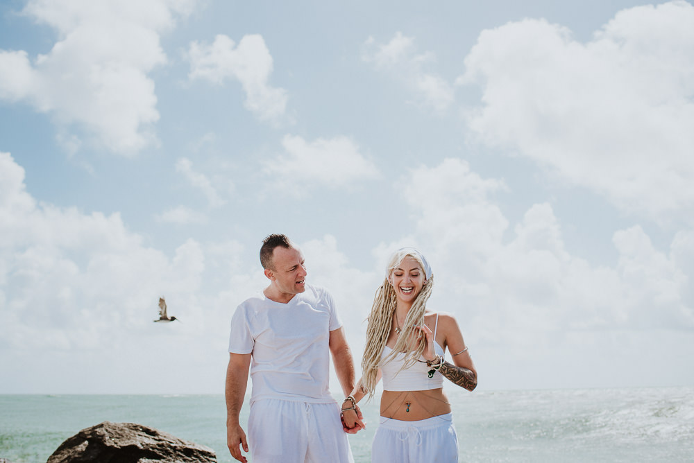 beach wedding photos in miami