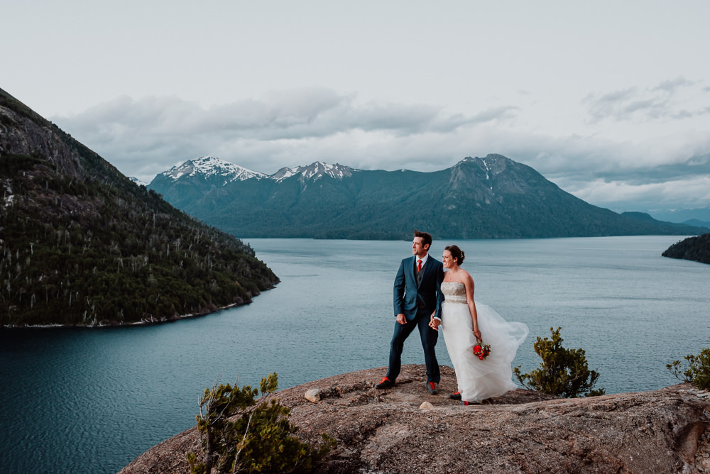 Destination & Adventure mountain Wedding in Patagonia